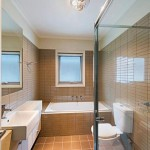 3. 228Glenlyon Bathroom